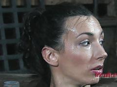 milf, bdsm, black hair, bondage device, restraints, metal, water torture, infernal restraints, wenona
