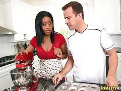 Kitchen surprises for jenna j foxx