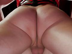 Hot transsexual babe gets her ass licked