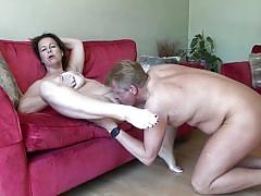 Easiest way to satisfy the experienced lady