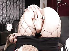 Carmen caliente is addicted to big dicks