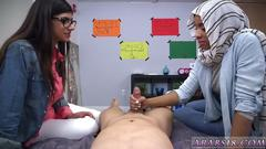 Arab suck in car bj lessons with mia khalifa