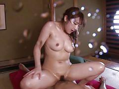 Wet japanese babe squirts all over