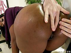 Big black ass loves dildo