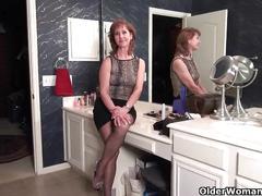 American grannies ava and penny having bathroom fun