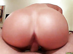 Perfect drunk college coed fucked!