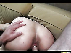 Amateur couple in homemade sextape!
