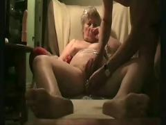 Masturbating this old slut !