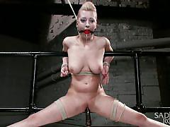 A flawless knot for a blonde sex slave
