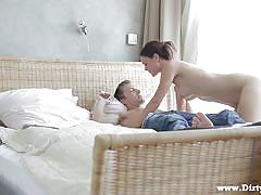 Courtesan meets a cock that barely fits inside her