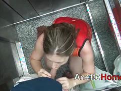 Vacances avec moi, pipe dans ascenseur en francais