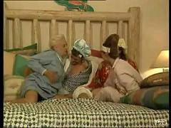 4 american grannies in one bed