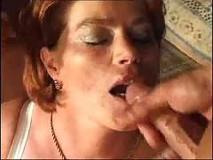Mature whore gets dp