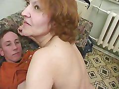 Moden kvinde og 2 unge fyre - 7 (danish title)