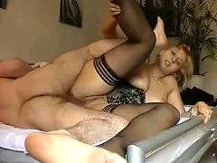 Blonde amateur hot wife doggyfucking creampie
