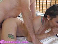 Camera girl cleans creampie from hairy latina pussy