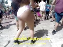 Candid raver big ass shaking and bouncing