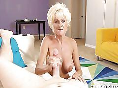 Mature lady wants a massive cumshot
