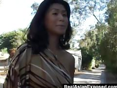 No gag reflex on this asian slut