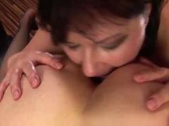 Old and young lesbians 1