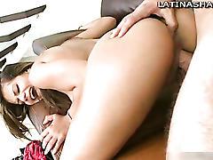 Latina pornstar diana gives blowjob
