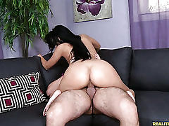 This hot milf loves getting rammed.