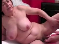 Granny replaces dildo with cock