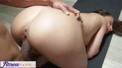 Fitness rooms shaved pussy brunette has deep orgasm from big cock