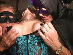 Big clit masked milf cums like crazy in tabuseze swingclub