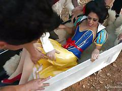 Snow white sucks cock