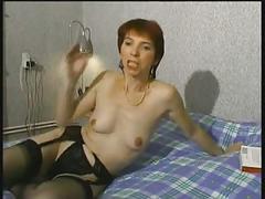 Patricia mature poilu jouit lors de la sodo