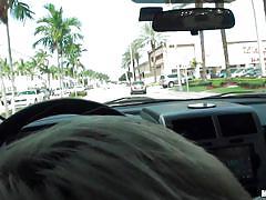 A blowjob in traffic