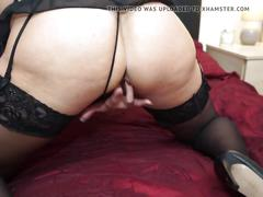 Mature mother squirts like dirty bitch