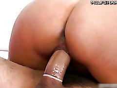 Busty milf kiara marie rides cock