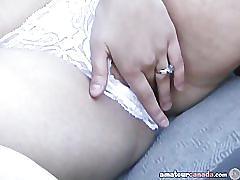 Big boob kiki fingers wet pussy in car outdoors
