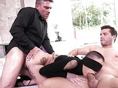 Mmf threesome with a blindfolded girl
