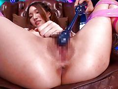 Vibrator makes av idol cum