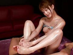 Japanese milf comparing sex toys & husband's dick