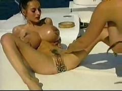 Mature amateur milf lesbians extreme anal fisting