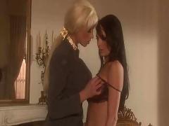 Lesbian game by high class ladies (vm)