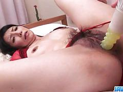 Amateur babe gets her hairy pussy slammed