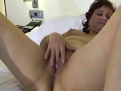 Mature pussy show