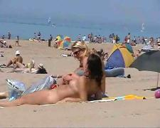 2 girls naked at the beach blond & brown by snahbrandy