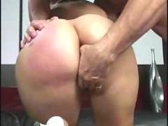 Delilah strongs big bubble butt anal fuck