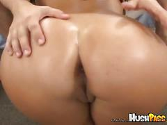 Veronica rayne shows off her juicy ass and rides