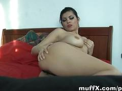 Ivanat goes solo on bed