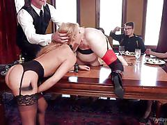 Slutty blonde gets pounded