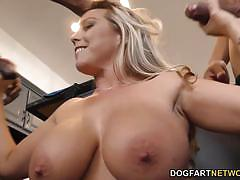 Blonde amber lynn bach loves cock