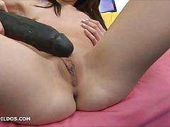 Sasha di fucks her massive dildo
