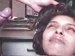 Desi girls drink sperm from tiny uncut asian hindu dicks